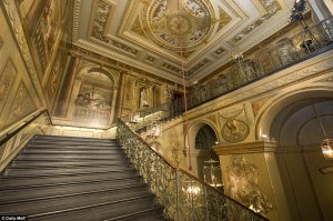 Kensington Palace, King's Staircase