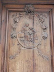 14 Rue Servandoni, carved door, detail