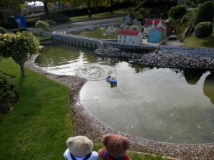 Miniland, Scotland, Searching for the Loch Ness monster