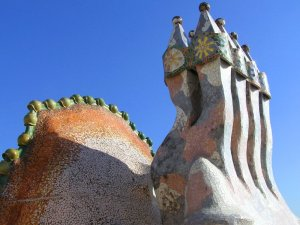Casa Battlo, Chimneys on Roof