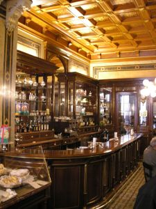 Demel Interior