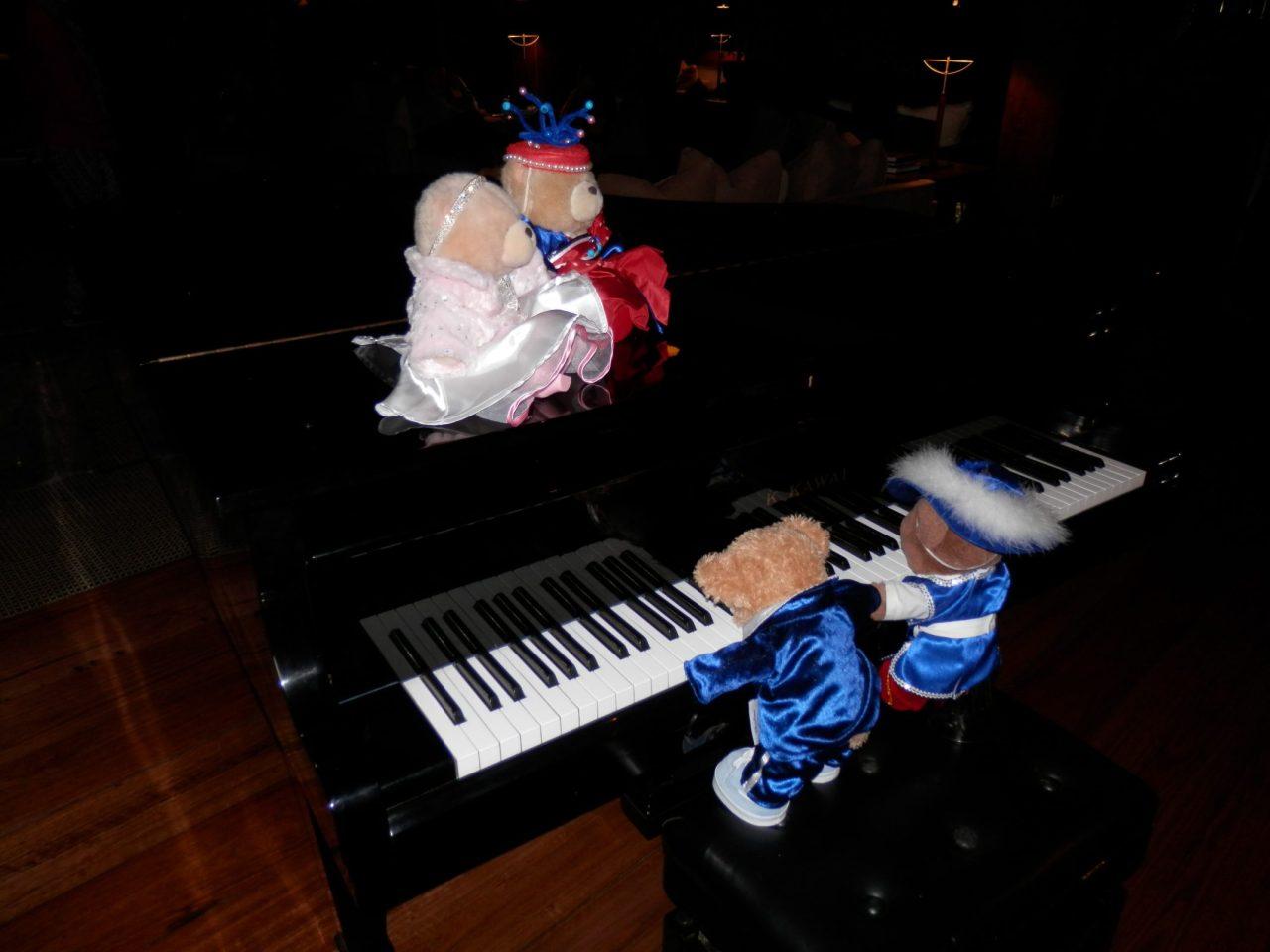 Clara Schumann's Pawsome PianoWorks