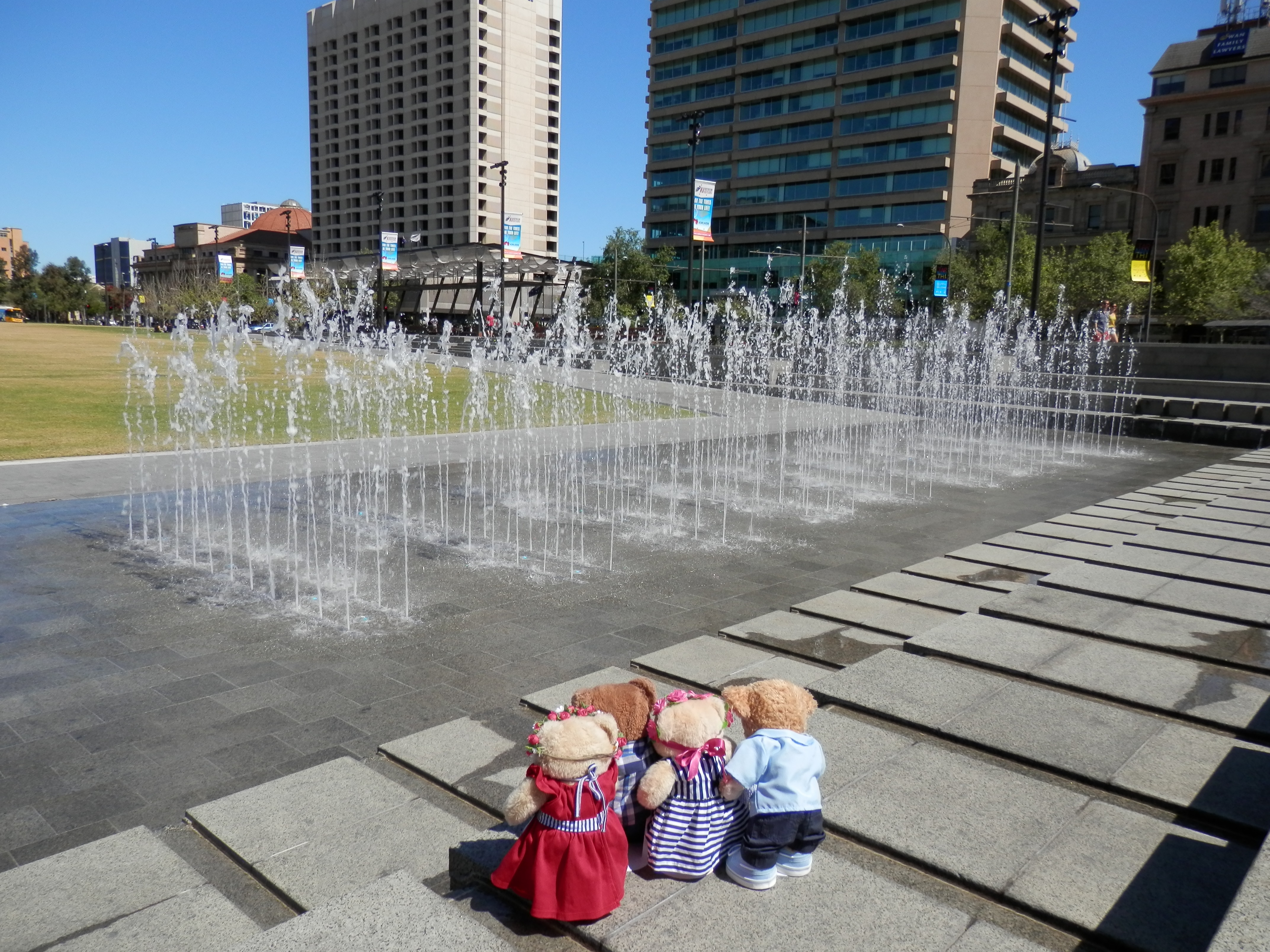Water fountains adelaide - A Lazy Sunday In Adelaide