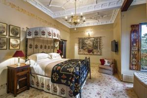 Thorngrove Manor, Kings Chambers
