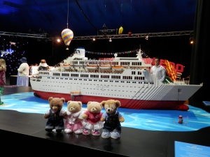 The Love Boat, by Ryan McNaught (approx. 250,000 bricks, 650 mini figurines)