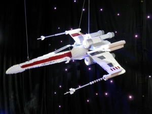 Star Wars X-Wing, by Ryan McNaught (approx. 42,000 bricks)