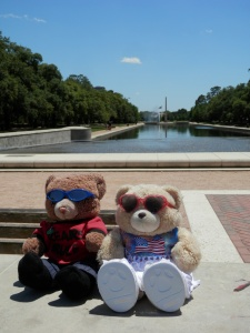 Hermann Park, Mary Gibbs and Jesse H. Jones Reflection Pool