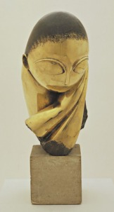 MoMA - Mlle Pogany version I, 1913 (Bronze with black patina on limestone base)