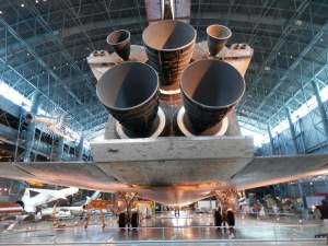 OV-103 Discovery Three main engines