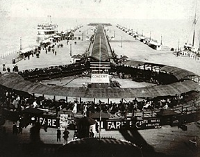 World's Columbian Exposition - Travelator
