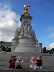 Queen Victoria Memorial, Buckingham Palace