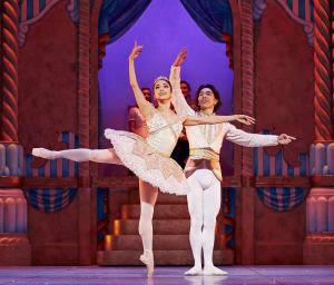 WA Ballet, The Nutcracker (2016) Chihiro Nomura as Sugarplum Fairy and Gakuro Matsui as Sugarplum Prince