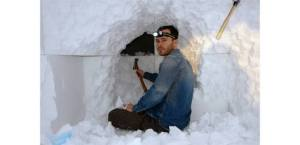 Daniel Arsham from Snarkitecture creating Dig